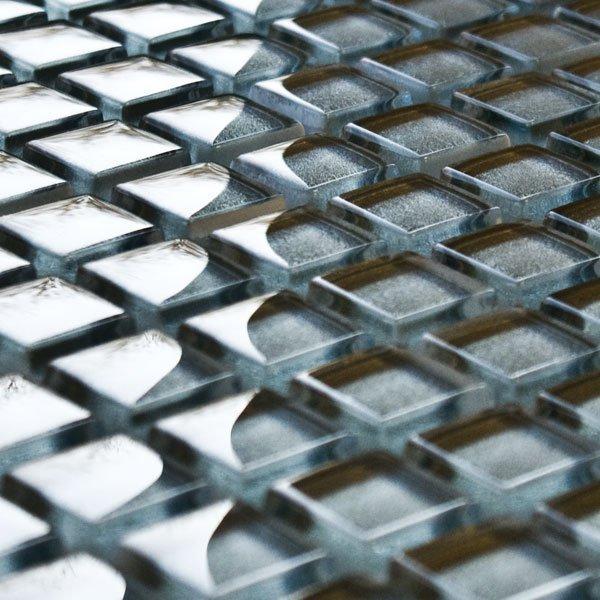 Quartz glass mosaic tiles